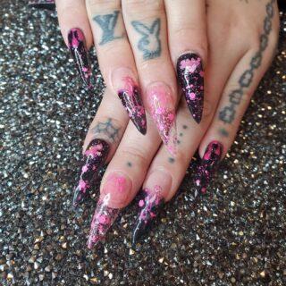 Pink Panther 💗💗💗hashtag__basic aundreana #123gonails #enailcouture #kingofnail #bossnails #nailart #pinkpanternails #denvernails #denvernailartist #nailartdenver #denvergelx #heybabenicenails #nailmagazine #nailpromagazine #nailsbyaundreana